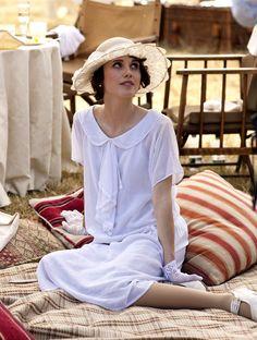 Poppy Drayton as Madeleine Allsopp in Downton Abbey (Series 4 Christmas Special, 2013).                                                                                                                                                      Plus
