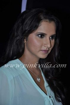 Sania Mirza at Times Literature Festival with her mother Nasima Mirza. Beautiful Girl Indian, Most Beautiful Indian Actress, Indian Actress Hot Pics, Indian Actresses, Mirza Tennis, Nayantara Hot, Trisha Photos, Megha Akash, Girl Friendship