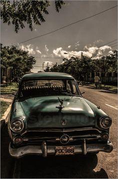 Kuba Oldtimer III Bilder: Poster von Jean Claude Castor bei Posterlounge.de