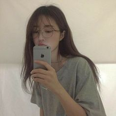 Image about girl in ulzzang by Megumi on We Heart It Ulzzang Korean Girl, Cute Korean Girl, Ulzzang Girl Selca, Ulzzang Style, Girl Korea, Asia Girl, Korean Aesthetic, Aesthetic Girl, Korean Beauty