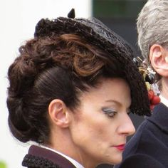 Nice profile view of Missy's hairstyle.