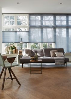 Home Curtains, Curtains With Blinds, Best Blinds, Interior Windows, H&m Home, Industrial Living, Home Fashion, Office Interiors, Living Room Interior
