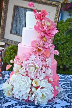 Tartas de Boda - Wedding Cake - Wedding at private beach estate - Gorgeous Cakes, Pretty Cakes, Cute Cakes, Fondant Cakes, Cupcake Cakes, Bolo Floral, Floral Cake, Gateaux Cake, Amazing Wedding Cakes