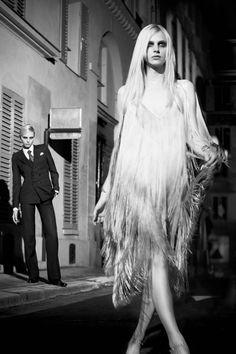 Andrej Pejic : Models as both a man and a woman.