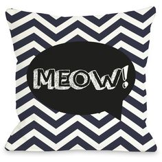 One Bella Casa Doggy Décor Chevron Meow Talk Bubble Polyester Throw... (110 BRL) ❤ liked on Polyvore featuring home, home decor, throw pillows, cat throw pillow, dark blue throw pillows, polyester throw pillows, navy throw pillows and navy chevron throw pillow