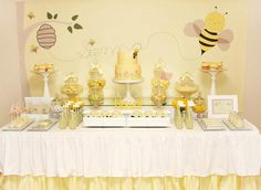 Happy bee theme party table