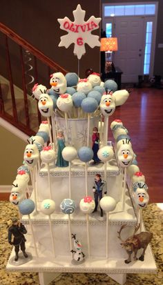 Disney Frozen Cake Pop Tower