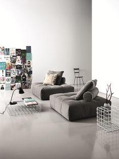 Designer couch bunt  Divano modulare imbottito NEW PIXEL by Saba Italia | design Sergio ...