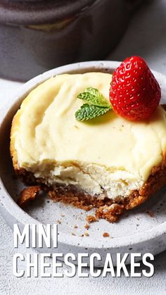 desserts - How To Make Mini Cheesecakes Also The Crumbs Please Learn how to make Mini Cheesecakes You can either bake them in a muffin pan or in ramekins Just 8 ingredients and 10 minutes handson preparation time minicheesecakecheesecakenewyorkcheesec Mini Desserts, Easy Desserts, Delicious Desserts, Yummy Food, Single Serve Desserts, Single Serving Recipes, Baking Desserts, Newyork Cheesecake, Dessert For Two