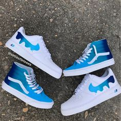 These tye dye vans and ombré Nike ticks are unique classics with a twist can't wait to get my hands on a pair Souliers Nike, Sneakers Fashion, Fashion Shoes, Cheap Fashion, Fashion Men, Custom Vans Shoes, Cool Vans Shoes, Nike Air Shoes, Aesthetic Shoes