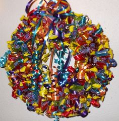 Candy Wreaths (idea) Candy Wreath, Bouqets, Candy Crafts, Arts And Crafts, Diy Crafts, Edible Arrangements, Wreath Ideas, How To Make Wreaths, Holiday Crafts