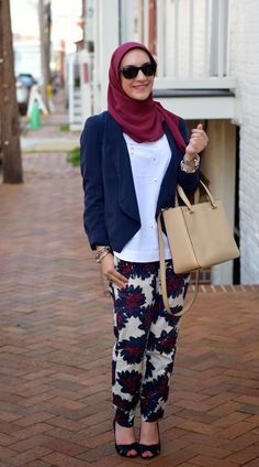 Blazer: The Limited (old) (similar) Banana Republic Bags, Pants Pattern, Hijab Outfit, Hijab Fashion, Spring Fashion, Red And White, Casual Outfits, Michael Kors, Blazer