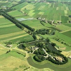 Nieuwe Hollandse Waterlinie met Fort Honswijk, Lunet aan de Snel en polder Blokhoven