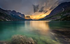 The magic of Glacier National Park, Montana. E-bikes, kayaks and paddle board rentals. Paddle Board Rentals, Kayak Rentals, Big Sky Country, Water Crafts, Paddle Boarding, Rafting, Kayaking, Montana, National Parks
