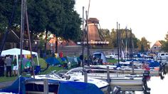 Gezelligheid in de passantenhaven van Sloten Friesland ... zomer 2016