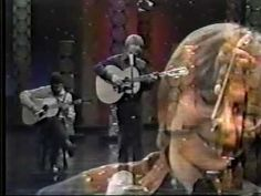 John Denver on The Johnny Carson Show singing Sunshine on my Shoulders  <3