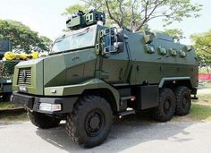 Renault_Trucks_Defense_Higuard_MRAP Military Gear, Military Weapons, Military Life, Army Vehicles, Armored Vehicles, Singapore Armed Forces, Tank Armor, Armored Truck, Tank Destroyer