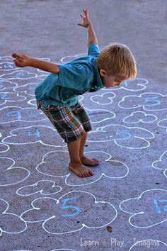 """Learning numbers with play - Gross motor number recognition game--- Use sidewalk chalk to write numbers inside clouds. Call out a number and have your child """"fly"""" (hopping with arms out) to the cloud with that number. Gross Motor Activities, Movement Activities, Gross Motor Skills, Learning Activities, Kids Learning, Activities For Kids, Airplane Activities, Preschool Education, Preschool Math"""