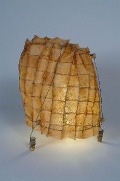 Teabags lamps from Zaina Aloof - tea as sculpture with a purpose - brings me happiness Coffee Filter Art, Coffee Art, Tea Bag Art, Paper Light, T Art, Recycled Art, Textile Artists, Wire Art, Cool Lighting
