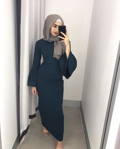 "3,484 Likes, 54 Comments - Hijab House (@hijab_house) on Instagram: ""Our fav girl in our fav Emerald Belle sleeve dress. Now online and in-stores."""