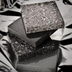 Silestone eröffnet eine ungeahnte Vielfalt an Gestaltungsmöglichkeiten und ist Kombinationspartner für nahezu jeden Einrichtungsstil. Mit Silestone können die schönsten und ausgefallensten Wohnideen perfekt umgesetzt werden.   http://www.arbeitsplatten-naturstein.de/silestone-einzigartiger-silestone