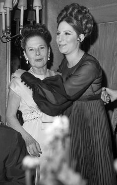 "Barbra Streisand & Ruth Gordon Can you imagine Ruth and Babs? EIther a horror flick or a hilarious comedy! Babs and Ruth singing, ""If you want be high be high"" ""And If you want to be low be low"" Hollywood Star, Vintage Hollywood, Hollywood Party, Classic Hollywood, Hollywood Actresses, Actors & Actresses, Ruth Gordon, 24 Avril, Mary Pickford"