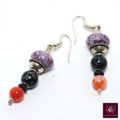 ADITI: Boucles d'oreille artistiques féminins fait à main, pièce unique précieuse Unique Art, Jewelry Art, Drop Earrings, Boucle D'oreille, Locs, Artist, Bijoux, Fashion Jewelry, Dangle Earrings