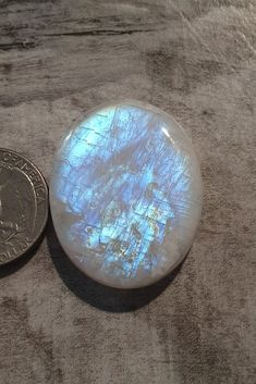 Beautiful Rainbow Moonstone. Available on Instagram or www.firestonegems.com.au This cabochon is perfect for any Jewelry Maker. Macrame, Wire wrapping or Silversmithing. Don't miss out 💕  #moonstone #cabochons #silversmith #gems #gemstones #cabs #cabsforsale #wirewrapped #macramejewelry  #jewelrymaking #crystals  #jewelry #gemshop #stones #stonesforsale #wholesalegems #crystals #australiangems #opal #cabochonsupplier Gem Shop, Macrame Jewelry, Rainbow Moonstone, Wire Wrapping, Opal, Gemstones, Photo And Video, Crystals, Beautiful