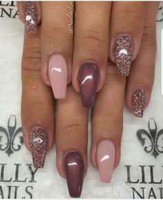 Semi-permanent varnish, false nails, patches: which manicure to choose? - My Nails Fabulous Nails, Gorgeous Nails, Pretty Nails, Pretty Toes, Fancy Nails, Pink Nails, Chevron Nails, Nagellack Design, Nails 2018