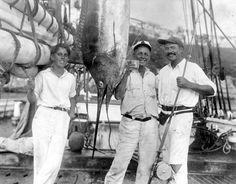 "Joe ""Sloppy Joe""/""Josie"" Russell and Ernest Hemingway with a striped marlin, Havana Harbor, Cuba, Ernest Hemingway House, Earnest Hemingway, Hemingway Quotes, Old Men, Key West, Night Life, The Best, Old Things, Cocktails"