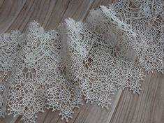 VINTAGEStyle Wedding Bridal Venise Lace Trim in Off by lacelindsay, $5.75
