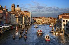 Foto del gran canal de Venecia, Italia.