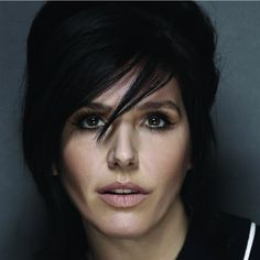 Texas, Jools Holland and Alison Moyet set to play at Sedgefield's Hardwick Hall Sharleen Spiteri, Simply Beautiful, Beautiful People, Alison Moyet, Jools Holland, Elizabeth Montgomery, Iconic Women, Collar And Cuff, Beauty Women