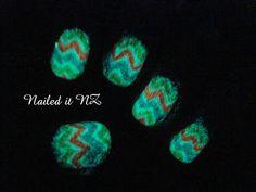 Nailed It NZ: Nail art for short nails #3 - Zig-Zag nails http://nailedit1.blogspot.co.nz/2012/11/nail-art-for-short-nails-2-zig-zag-nails.html