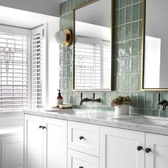 Useful Walk-in Shower Design Ideas For Smaller Bathrooms – Home Dcorz Beautiful Bathrooms, Modern Bathroom, Small Bathroom, Master Bathroom, Green Bathrooms, Serene Bathroom, Bathroom Things, Swedish Interiors, Tadelakt