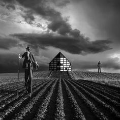 photos surrealistes de Dariusz Klimczak 16   Les photos surréalistes de Dariusz Klimczak   surrealiste Salvador Dali photographe photo image...