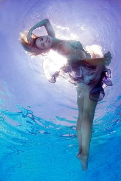 UnderWater by Zena Holloway  #underwater #model #pose #poise #beautiful #soft #dress #material #creative #art