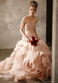 Vera Wang Blush Organza fit-n-flare Wedding Dress on OnceWed.com | PAID: $1248 ASKING: $849 save 32% | http://www.oncewed.com/used-wedding-dresses/blush-organza-fit-n-flare/ #blushbrides
