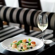 Sails on Lavender Bay delivers exactly what its name promises, and much more. Australian Restaurant, Melbourne Restaurants, Menu Restaurant, A Table, Sailing, Lavender, Phone, Ethnic Recipes, Modern