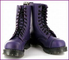 Vegan, Purple and comfortable: Airseal Para Boot by Vegetarian Shoes.