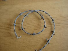 How to make cheap Fake Barb Wire. Perfect for Halloween...Sue 2013