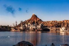 fake volcano at the DisneySea, Tokyo Volcano, Monument Valley, Grand Canyon, Tokyo, Holiday, Nature, Travel, Vacations, Naturaleza