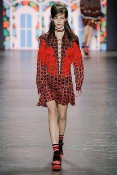 Vogue.com   Spring 2017 Anna Sui
