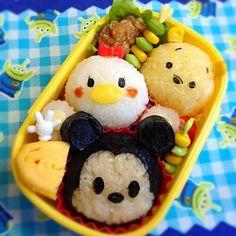 Disney Bento Ashlyn- So Adorable ! Cute Bento Boxes, Bento Box Lunch, Comida Disney, Disney Food, Cute Snacks, Cute Food, Bento Kids, Kawaii Cooking, Food Art For Kids