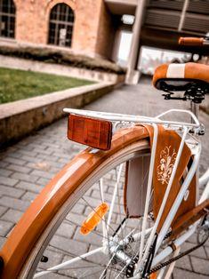 Nagyon szép összeállítású Vintage bicikli. Classic, Vintage, Derby, Classic Books, Vintage Comics