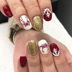 "435 Likes, 4 Comments - Liz Henson (@nails.byliz) on Instagram: ""❄️✨❄️✨ . . . . #nails #gelnails #nailsofinstagram #nailstagram #christmasnails #christmas…"""