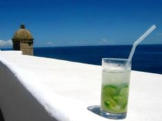 Caipirinha (in Salvador da Bahia) My most favoritest cocktail. Brazilian Cocktail, Fun Cocktails, Drinks, Book Hotel Online, Visit Brazil, Brazil Travel, Ways Of Seeing, Travel Deals, Hotel Reviews