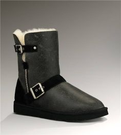UGG Short Dylyn Classic 1001202 Jacket Black Boots $135.00 http://www.salesnowboots.com/ugg-short-dylyn-classic-1001202-jacket-black-boots-p-442.html