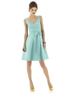 Alfred Sung Style D622 http://www.dessy.com/dresses/bridesmaid/d622/?color=midnight=47#.Uf6N5I3VBsk