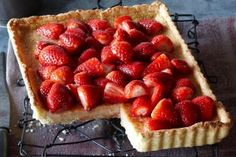 Strawberry mascarpone custard tart
